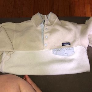 Worn a few times BUT GREAT CONDITION: PATAGONIA
